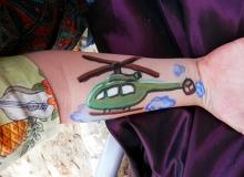 malovani-na-oblicej-face-painting-vrtulnik-helikoptera-min