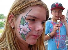 facepainting_13.6._2015_carborundum_benatky45