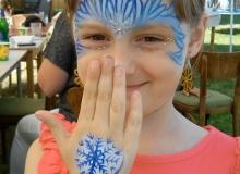 malovani-na-oblicej-face-painting-elsa-min